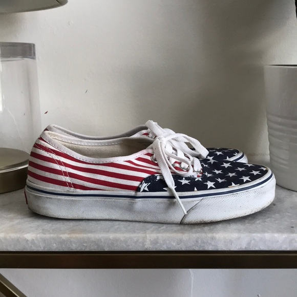 8b9e6c958f Custom Vans Authentic. M 5b2d5c068ad2f95199cf25a3